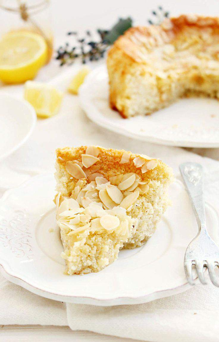 The Almond Cake